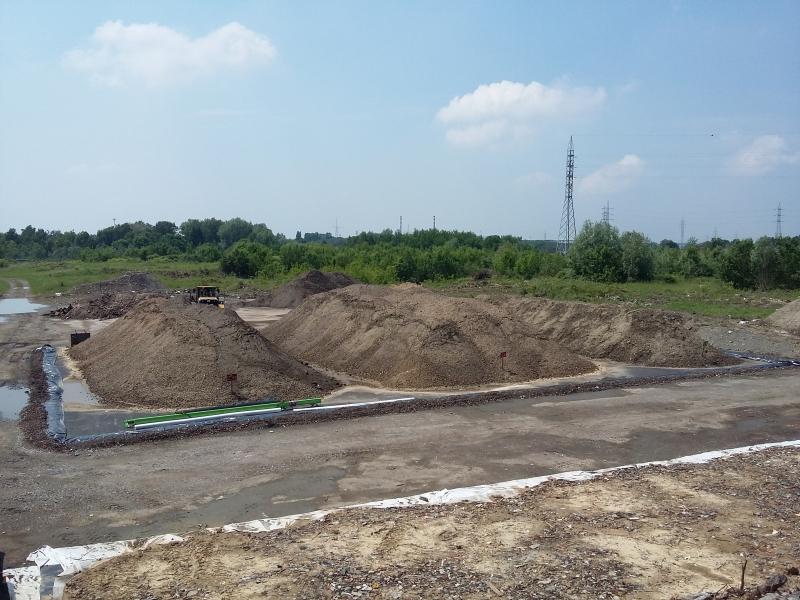 Contrôle de terres excavées en andains